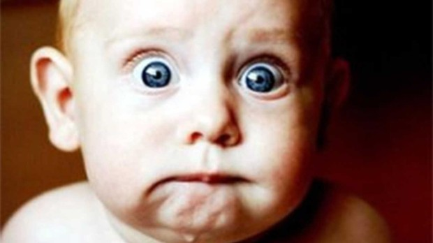 Scared-Baby-Widescreen-Desktop-Wallpaper-1280x720-6547.jpg