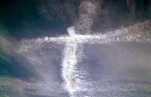 cross jesus_clouds2.jpg