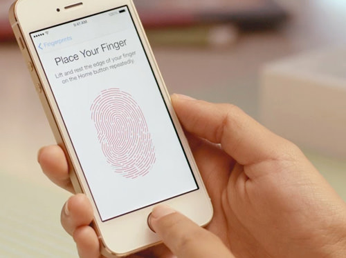 iphone-5s-finger-scanning